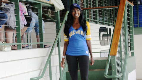 Bishara hits the runway in some great Brewers gear.