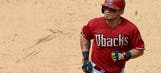 Brewers get Gold Glove outfielder Parra from Diamondbacks