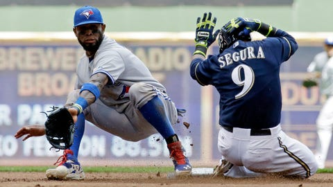 Toronto Blue Jays: Who plays the middle infield?