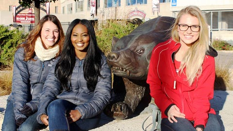 The FOX Sports Wisconsin Girls are hoping the Badgers are as fierce on the field as their animal namesake.