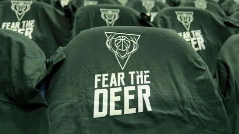 76ers at Bucks: 10/31/14