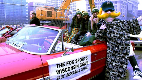It certainly isn't baseball weather in Milwaukee – but Bernie and the FOX Sports Wisconsin Girls are counting down the days until pitchers & catchers report!