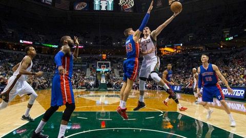 Pistons at Bucks: 11/25/14