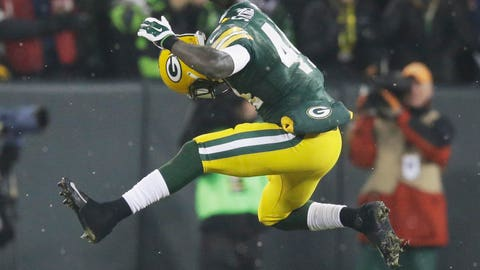 James Starks, RB, Packers (knee): Active