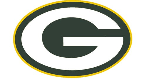 Packers players ask fans to link arms in unity before Bears game