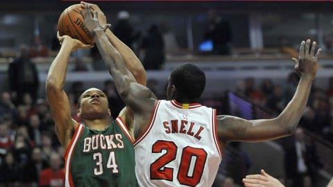 Bucks at Bulls: 1/10/15