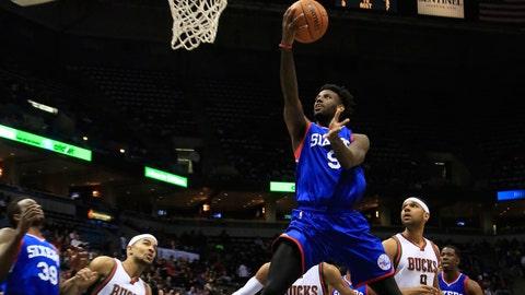 PHOTOS: Bucks 104, 76ers 88