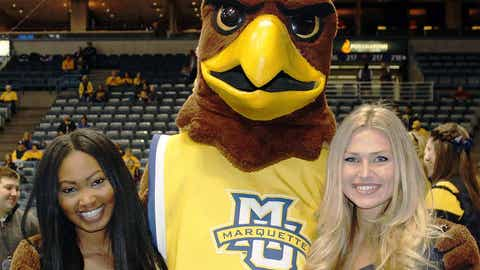 Bishara & Chyna are ready for a day of basketball at the BMO Harris Bradley Center. 1st up: Marquette vs. DePaul.