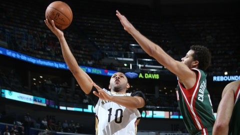 PHOTOS: Pelicans 85, Bucks 84