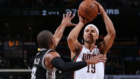 PHOTOS: Spurs 114, Bucks 103