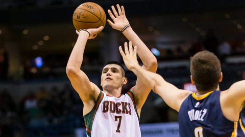 PHOTOS: Bucks 111, Pacers 107