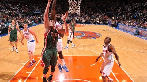 PHOTOS: Bucks 99, Knicks 91