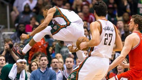 PHOTOS: Bulls 113, Bucks 106