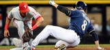 Brewers, Reds like to burn it up on the basepaths
