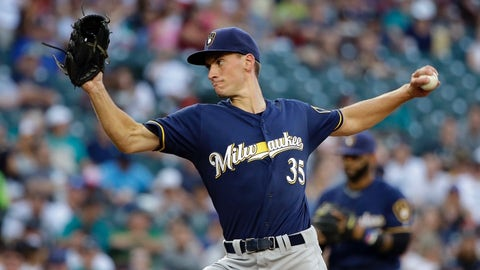 Brewers activate Eric Sogard from DL, demote slumping Keon Broxton to minors