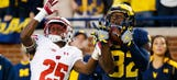 Badgers rally, fall short against fourth-ranked Wolverines