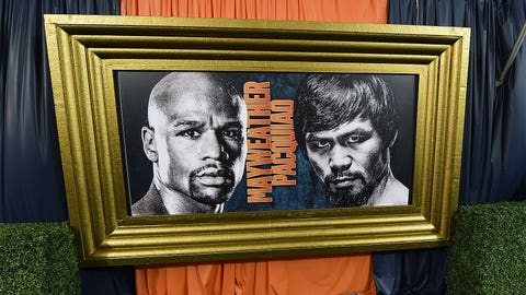 Las Vegas is abuzz for 'Fight of the Century'