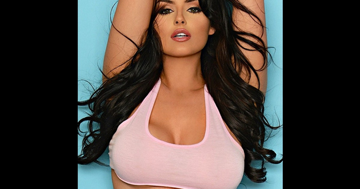 Nfl Players Read Mean Tweets Abigail Ratchford Is Fox Y