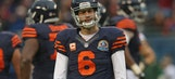 Jay Cutler throws pick-six, leaves game with hamstring injury