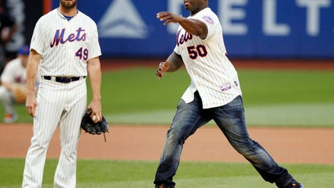 50 Cent's errant first pitch at Citi Field