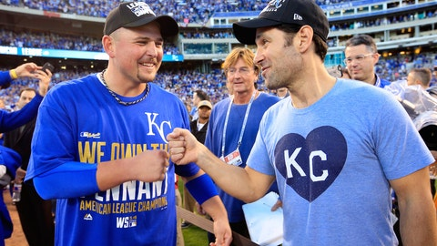 Kegger at Paul Rudd's mom's house after Royals advance to World Series