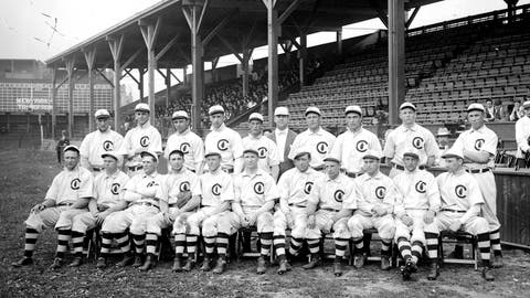 1908: Chicago Cubs win World Series