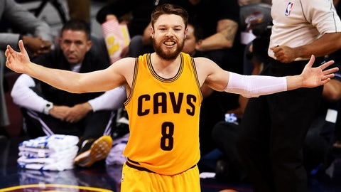 Matthew Dellavedova once wore a WHOOP during a game while playing for the Cavaliers