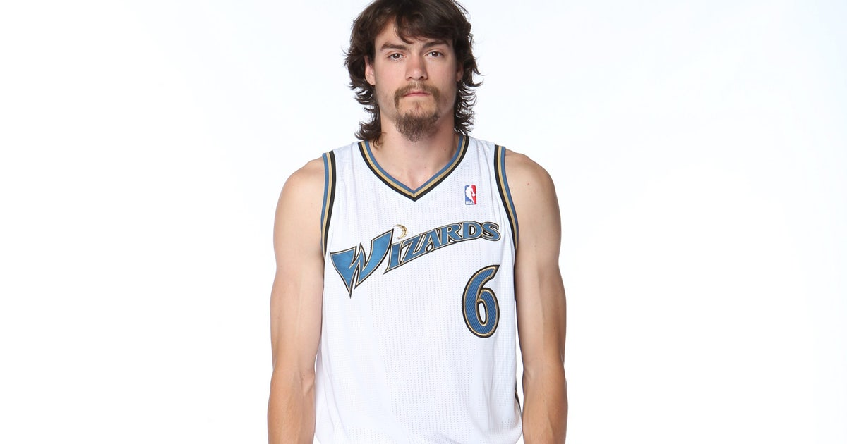 d8278dd4b02 Jared Dudley: Adam Morrison never showered, was 'disgusting' | FOX Sports