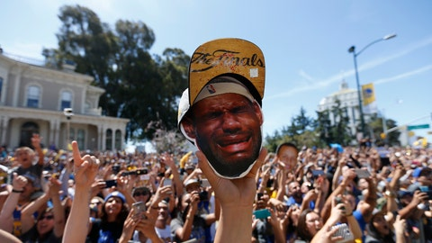 Scenes from the Golden State Warriors' championship parade