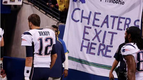 Brady and the Patriots had to know Colts fans would be hostile