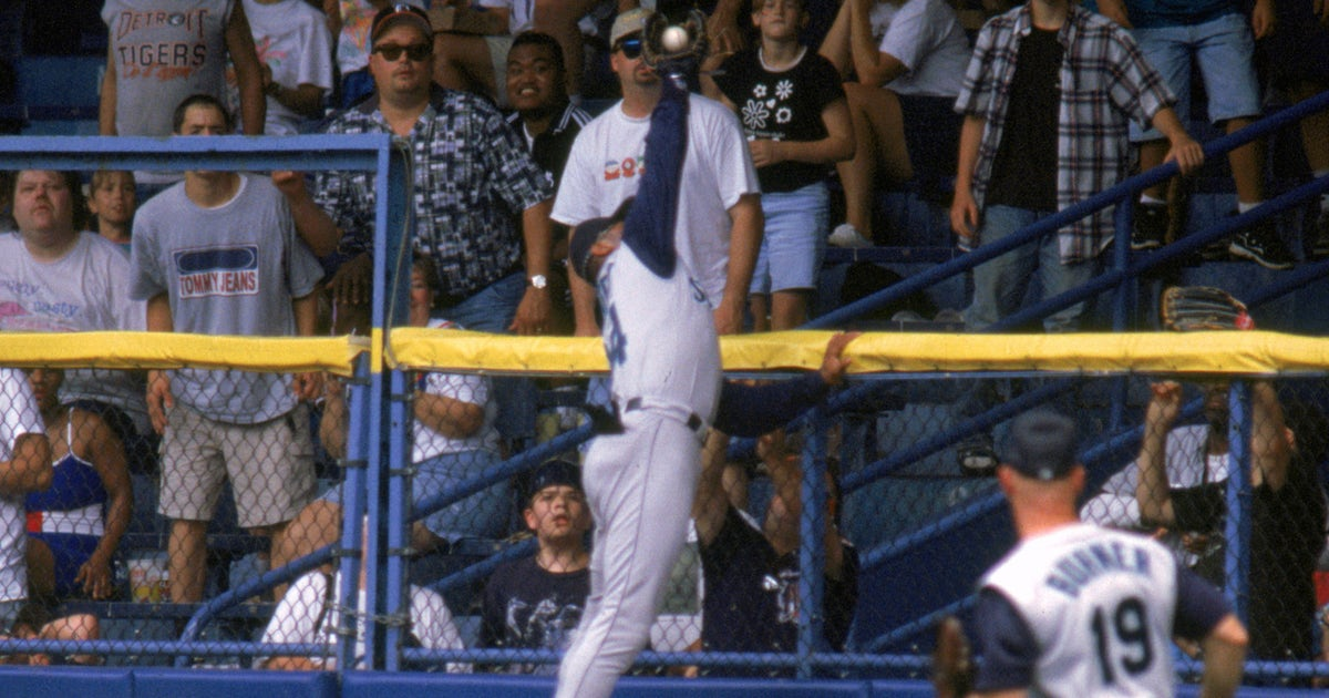 a327900f40 Ken Griffey Jr. explains the greatest catch he ever made | FOX Sports