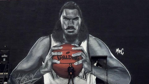 Steven Adams (restricted)