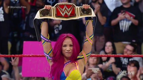 Sasha Banks vs. Charlotte for the WWE Women's Championship