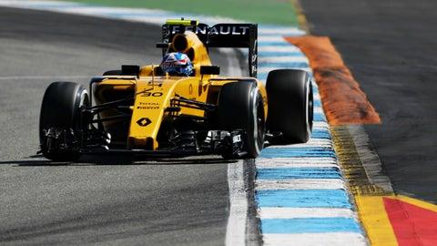 14. Jolyon Palmer, Renault, 1:16.665