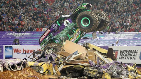 Monster Jam Freestyle in Atlanta: Grave Digger®