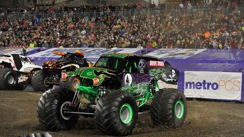 Monster Jam racing in Tampa, FL: Grave Digger®