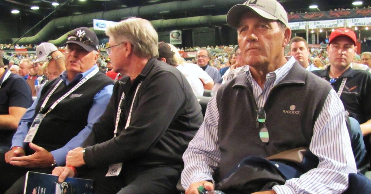 Barrett-Jackson: Ron Pratte's Futurliner wows the crowd