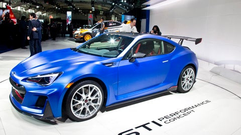 Early bird photos from the New York Auto Show