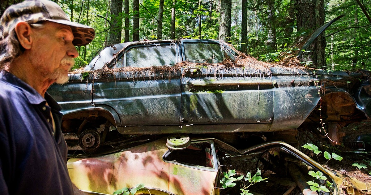 Photos: Old Car City, the world\'s largest known classic car junkyard ...