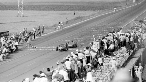 1961 French GP: Giancarlo Baghetti wins by 0.100 seconds