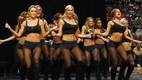 Charlotte Bobcats dancers