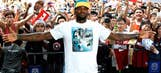 LeBron puts on show for fans in Hong Kong during China tour