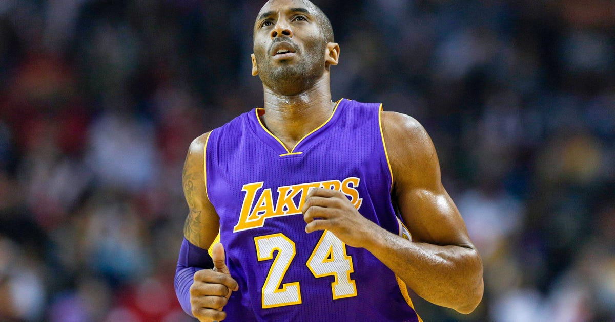 edd225c5da7 Kobe Bryant s 12 straight points help Lakers over Pistons