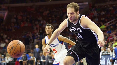 Brooklyn Nets send Bojan Bogdanovic and Chris McCullough to the Washington Wizards for Marcus Thornton, Andrew Nicholson and a lottery-protected 2017 first-round pick