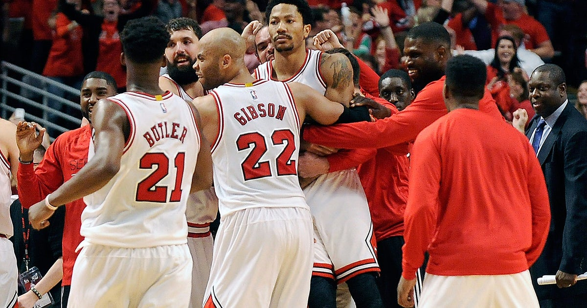 17832e1efad7 Rose banks in 3 at buzzer to lift Bulls over Cavaliers 99-96