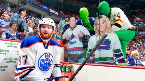 Vancouver Canucks & the Green Men