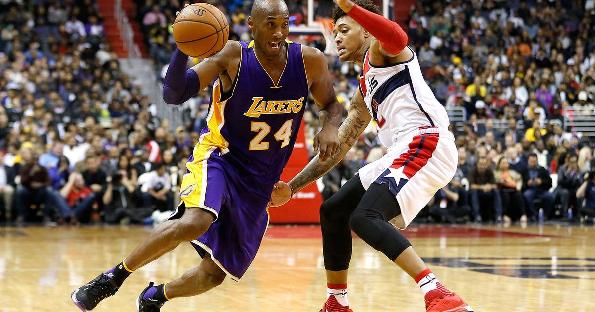 on sale 73b02 57537 Kobe gets hot in fourth, scores 31 as Lakers get third win