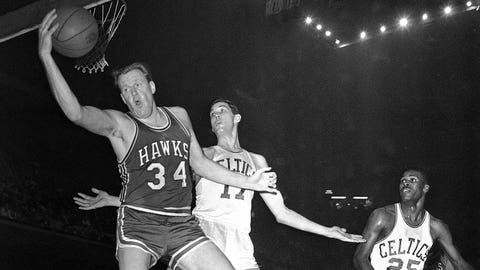 Clyde Lovellette, NBA forward, Sept. 7, 1929-March 9, 2016