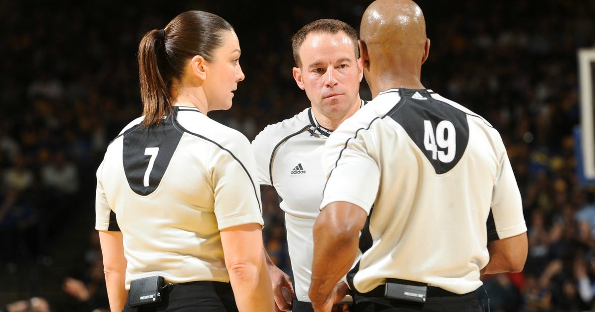 ffdc7d11c43a NBA referees explain why they hate the league s Last Two Minute reports