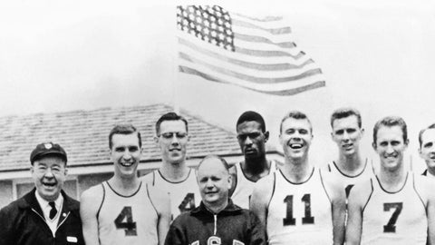 Bill Russell, center